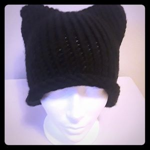 Cat ear beanie (black)
